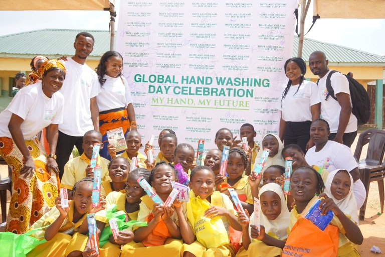 Making the 2018 Global Handwashing Day fulfilling for young Nigerian boys and girls